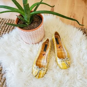 Sperry yellow plaid rubber shoes